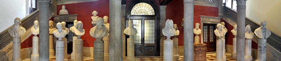 Panteon Veneto nell'atrio di Palazzo Loredan